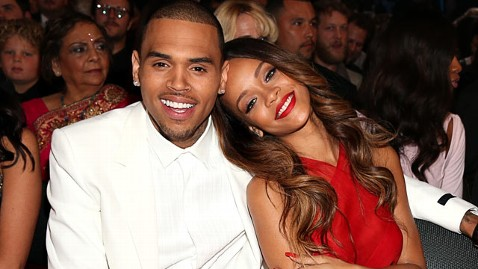 Rihanna & Chris Brown cuddle up at the 2013 Grammy Awards